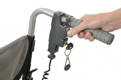 הפעלה נוחה של מנוע עזר חשמלי  לכסא גלגלים